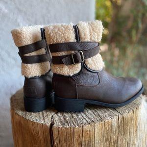 UGG Blayne Boots IV-Brown
